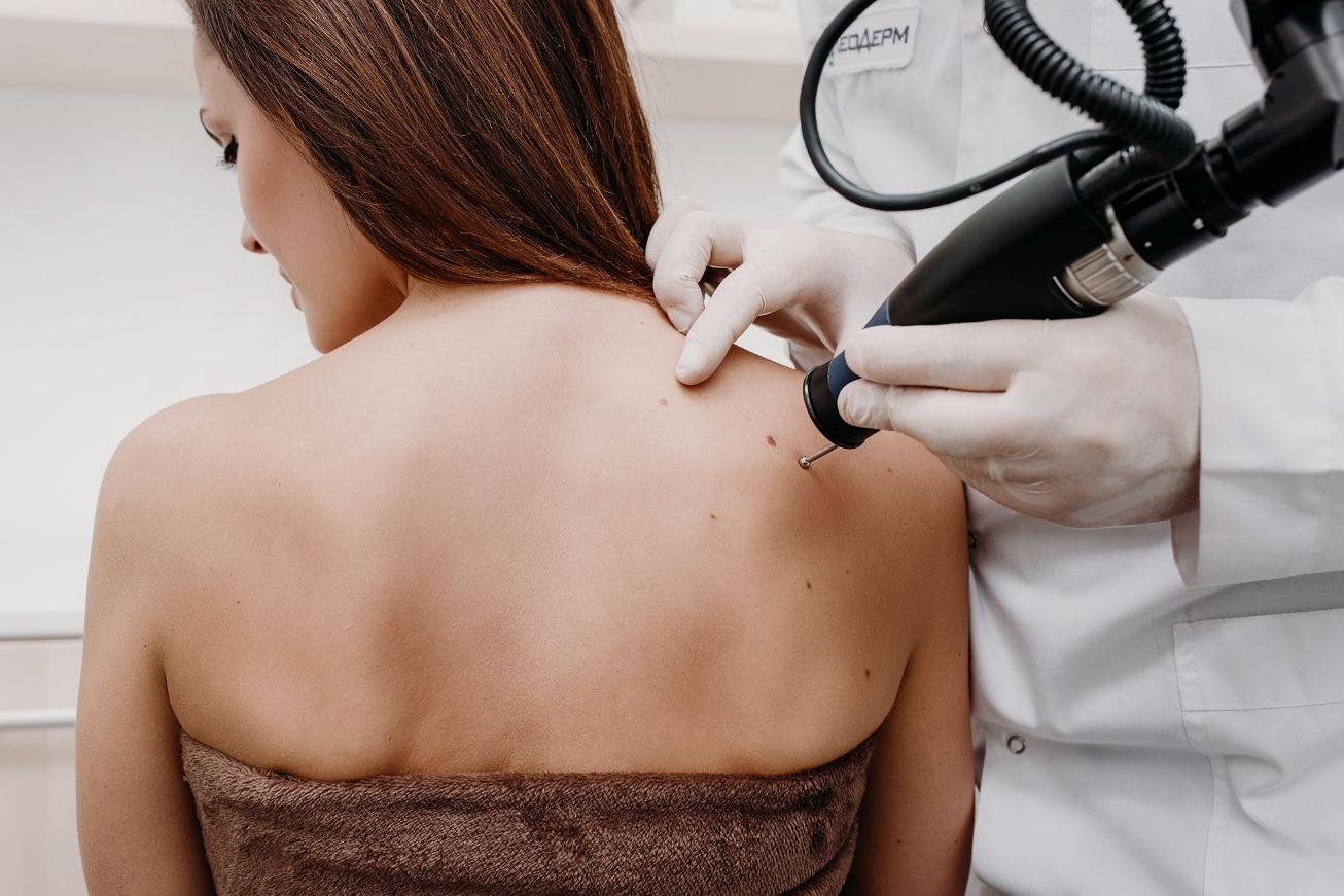 patient-receiving-dermatology-treatment